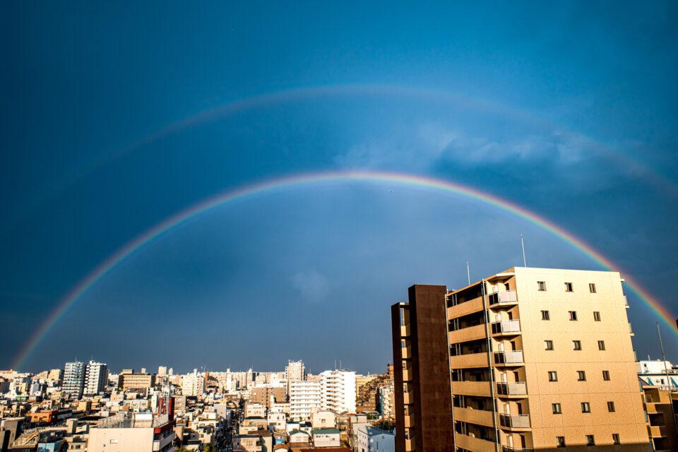 二重の虹(中央)