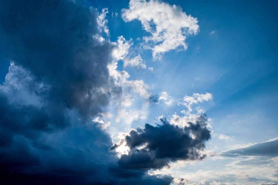 積乱雲の端