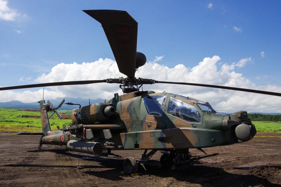 陸上自衛隊AH-64D