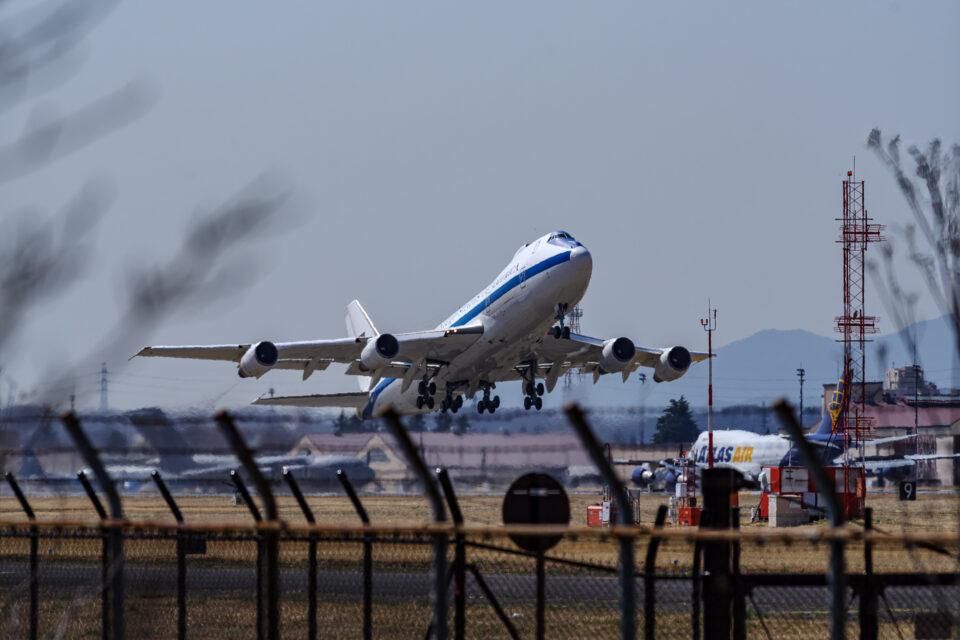 E-4B離陸