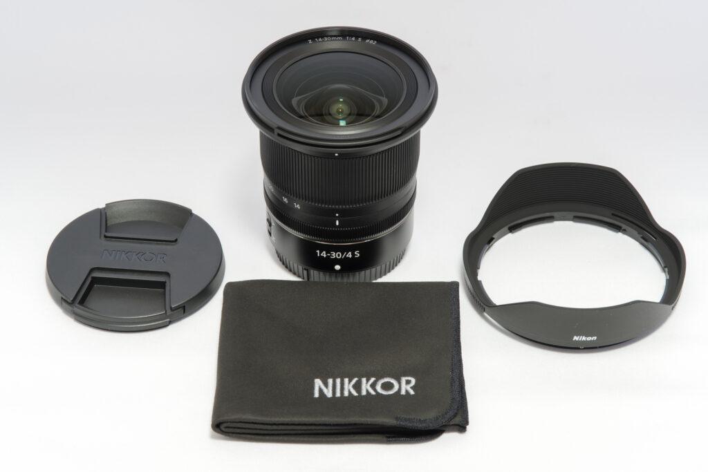 NIKKOR Z14-30mm f/4 S の同梱品