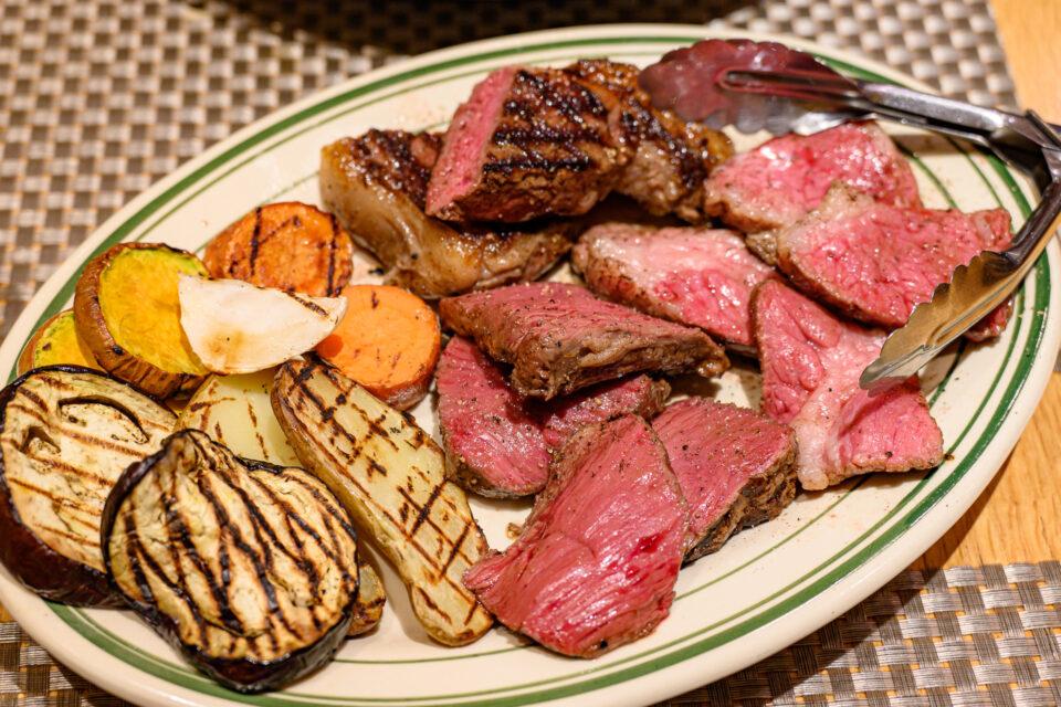 ビリエットの肉盛り合わせ
