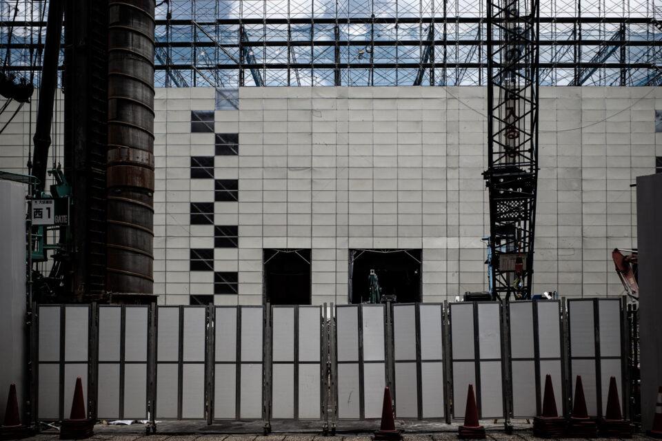西新宿のビル建設現場