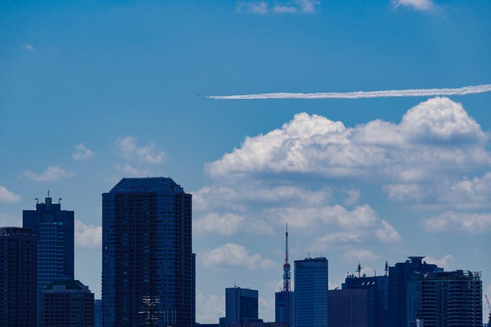 ブルーインパルス over 東京