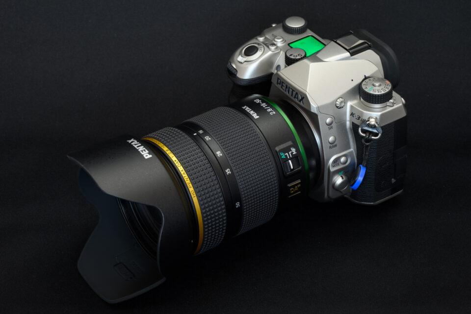 HD PENTAX-DA★16-50mmF2.8ED PLM AW を取り付けたK-3 Mark III