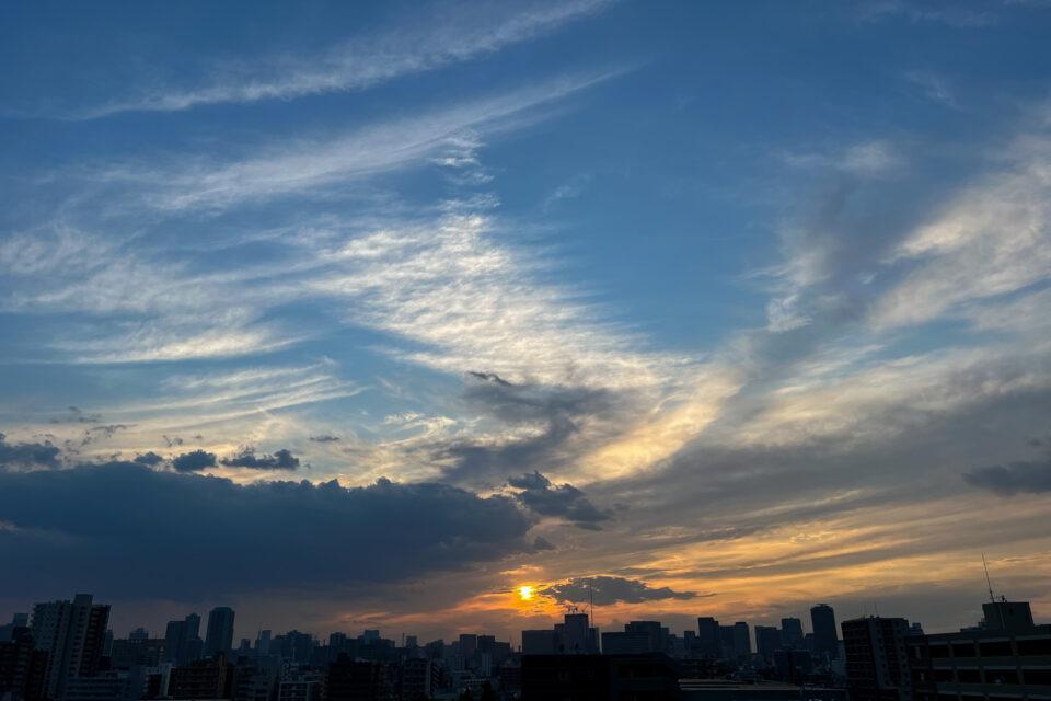 夕陽(iPhone 13 Pro Maxで撮影)